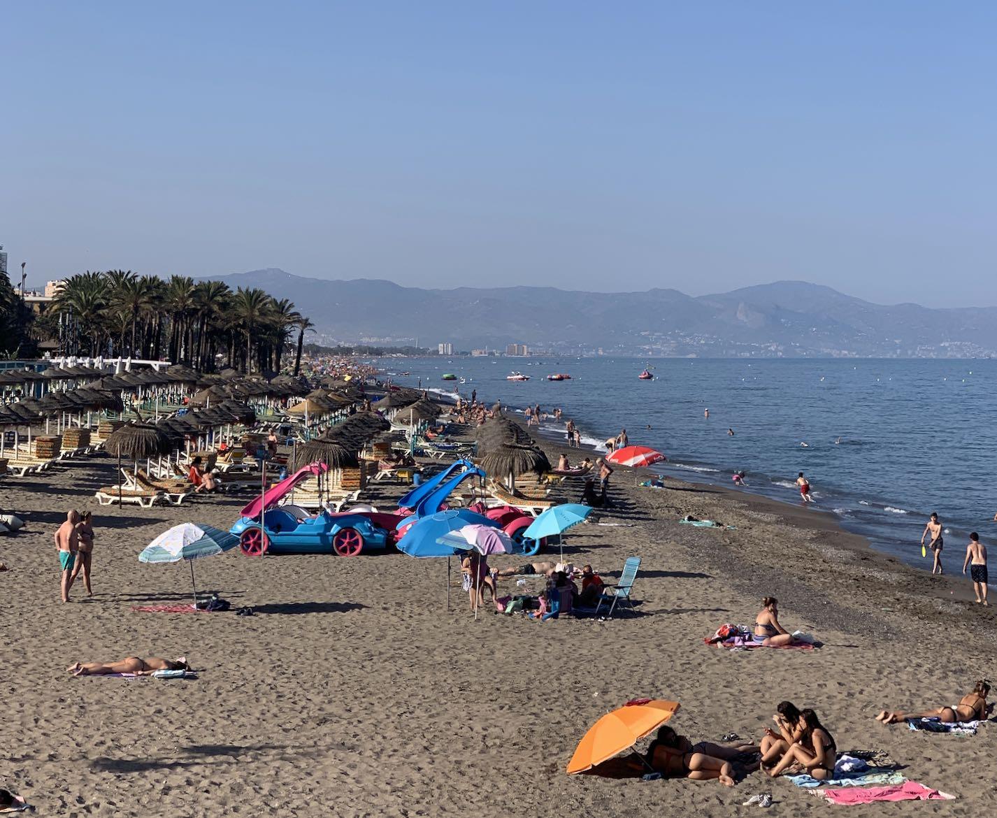 strand bajondillo 2
