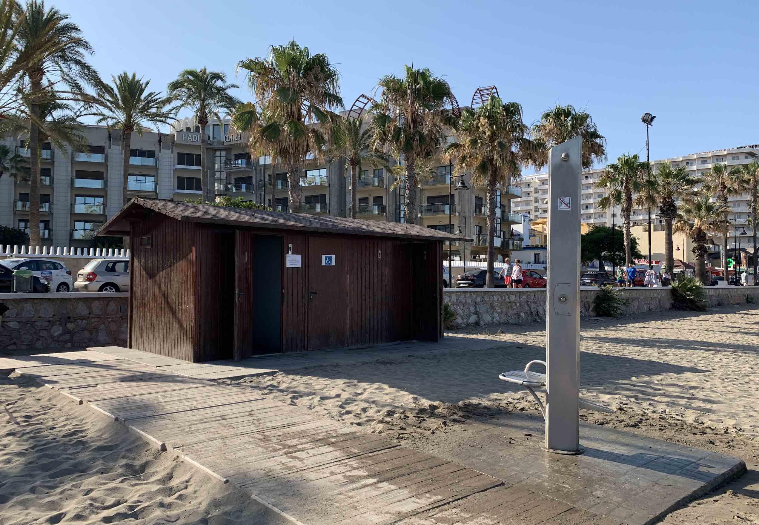 strand bajondillo faciliteiten